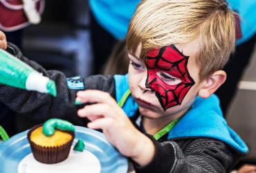 Connections Community Development: Cupcakes Spiderman