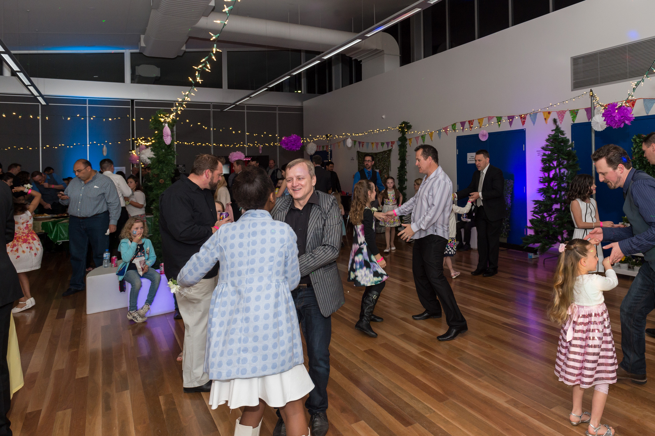 COM-Father-Daughter-Dance-2015-88-(ZF-8733-44894-1-002)